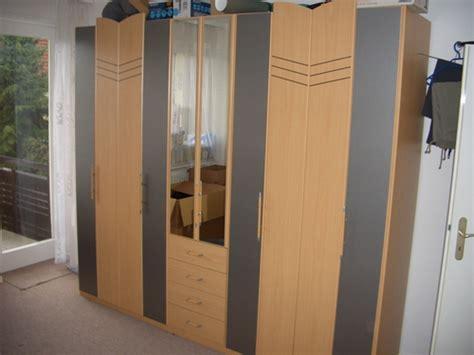schlafzimmerschrank zu verschenken kleinanzeigen sonstige schlafzimmerm 246 bel seite 5