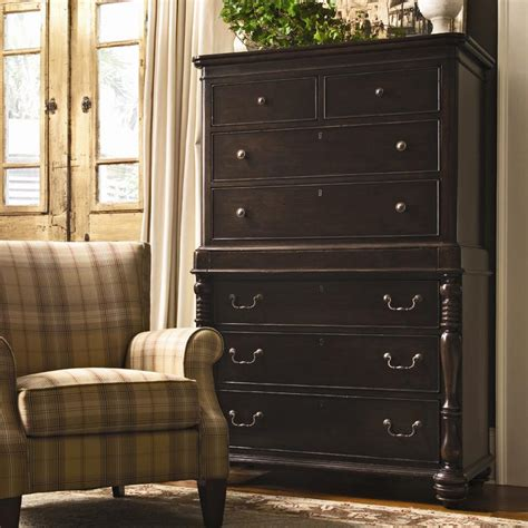 chest with 7 drawers and semi jewelry tray