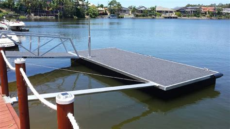 pontoon boats gold coast strut pontoons pontoons strut concrete pontoons