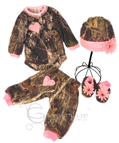 realtree pink camo clothing 25 best ideas about baby camo on camo