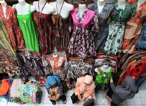 Rnb Azkana Asli Pekalongan 100 gambar baju batik di beringharjo dengan kratonpediacom portal informasi budaya kaum muda