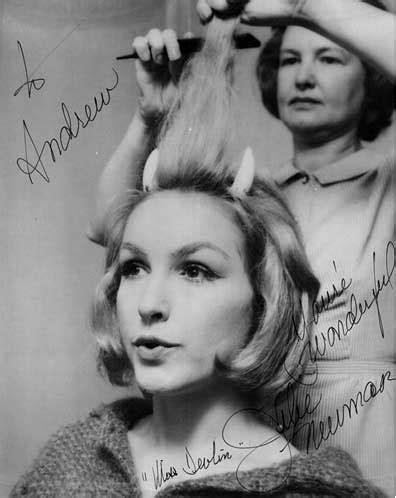 Julie Newmar autograph
