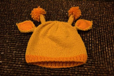hat pattern using magic loop think crafty thoughts knitting pattern little giraffe hat