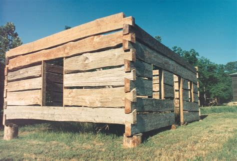 building a log cabin what size log is best for a log cabin handmade houses