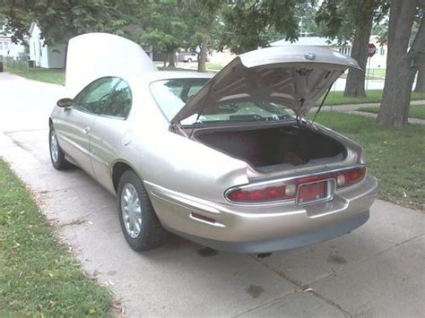 manual cars for sale 1995 buick riviera electronic throttle control sell used 1995 buick riviera base coupe 2 door 3 8l