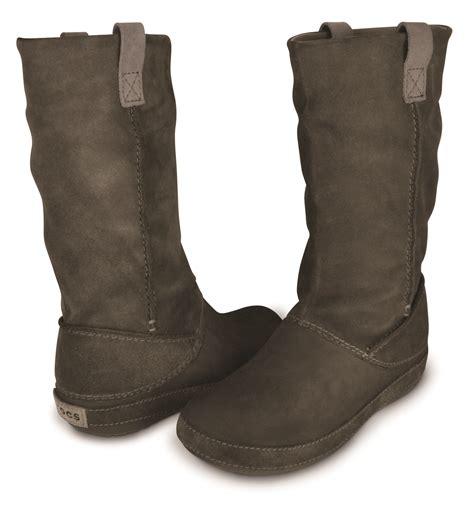 croc boots giveaway crocs boots
