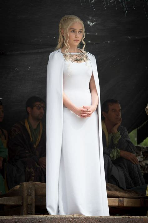 Gamis White best 25 daenerys targaryen dress ideas on
