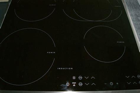 4 platten kochfeld aeg induktion kochfeld induktionsfeld induktionsplatte gro 223 e platten br 228 terzone