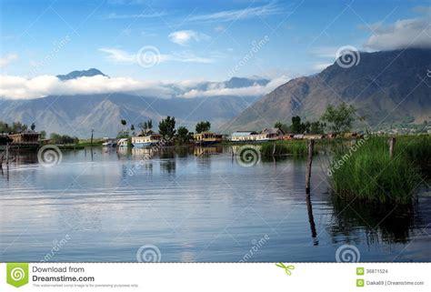 kashmir boat house boat house in kashmir stock images image 36871524