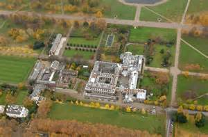 apartments in kensington palace prince william and the duchess of cambridge move into kensington palace