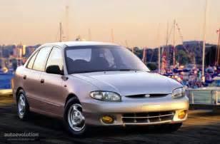 Hyundai Xl 1998 Hyundai Excel 4 Doors Specs 1998 1999 2000 Autoevolution