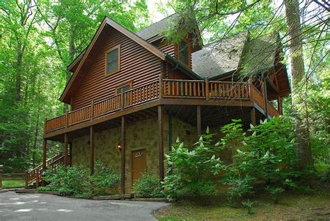black bearry hill 3 bedroom cabin rental in sevierville tn