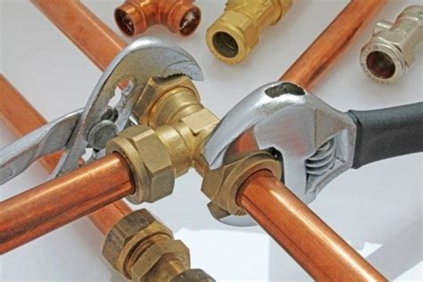 piping for new construction plastic vs copper