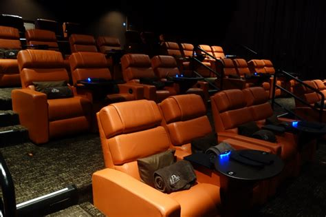 recliner movie theater nyc 10 reclining chairs movie theater nyc 100 bamboo