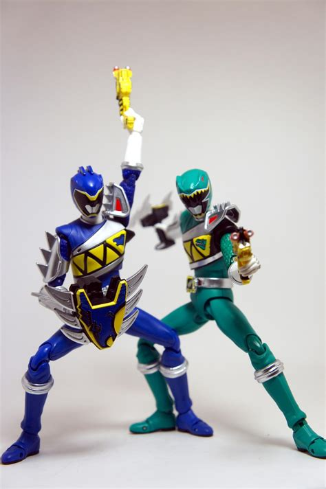 S H Figuarts Kyoryuger s h figuarts kyoryu blue and green gallery by kamenriderooo tokunation