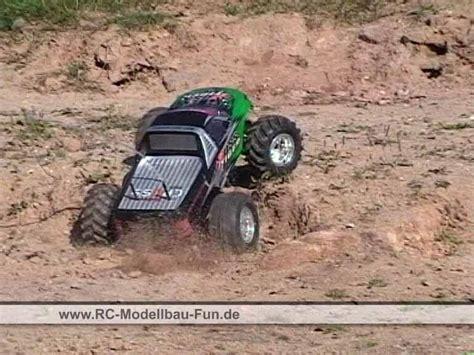 Schnellstes Ferngesteuertes Auto Kaufen by Abgedrehte Rc Monstertruck Tests Mit
