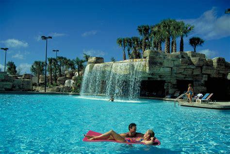 walt disney world resort walt disney world swan resort pool photo 1 of 1