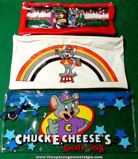 3 different chuck e cheese arcade pizza restaurant