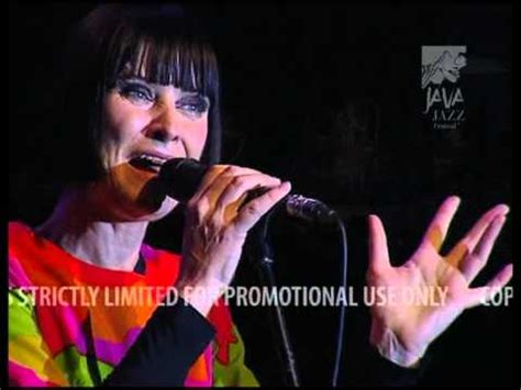 swing out sister youtube swing out sister quot breakout quot live at java jazz festival