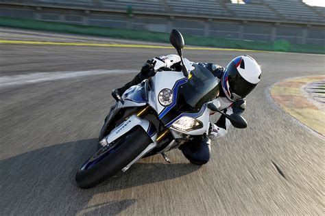bmw s1000rr indonesia bmw s1000rr hp4 3 gilamotor