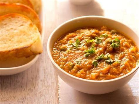 jain pav bhaji recipe jain pav bhaji by sanjeev kapoor
