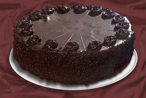 Chocolate Fudge Cake Decoration Ideas by Traditional Cakes Baker S Perfection Inc