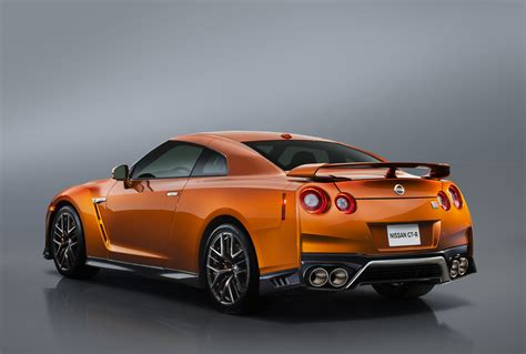 nissan supercar 2017 nyias 2017 nissan gt r slightly spicier