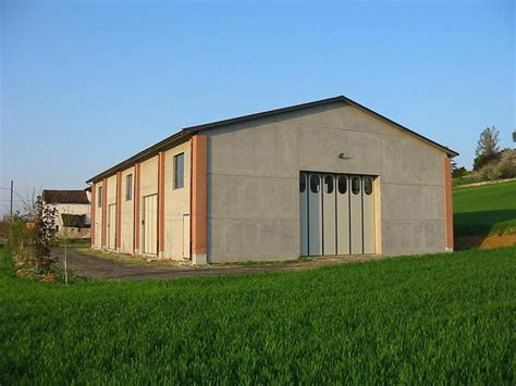 capannoni prefabbricati in cemento portici agricoli capannoni agricoli prefabbricati in