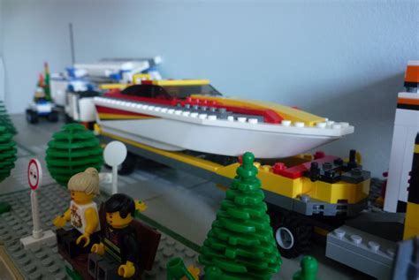 how to build a lego boat and trailer lego city 4643 power boat transporter i brick city
