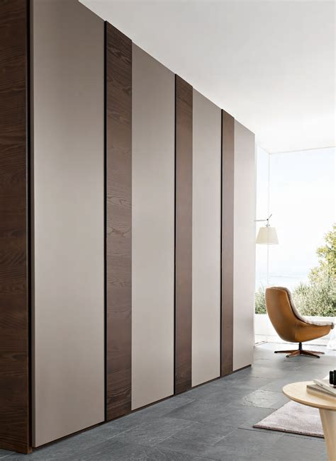 Italian Wardrobe Design by Modern And Fancy Bedroom Wardrobes And Closets Fancy