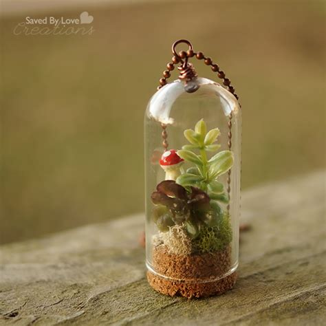 Cool Planters Make A Diy Terrarium Necklace