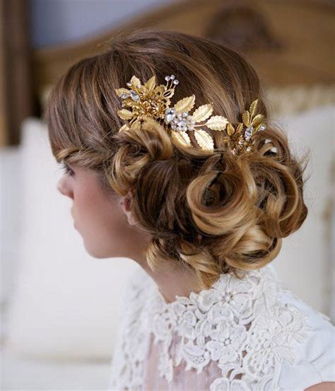 Wedding Hair Accessories Gold by Gold Hair Pin And Comb Set Decorated With Pearls 2048057