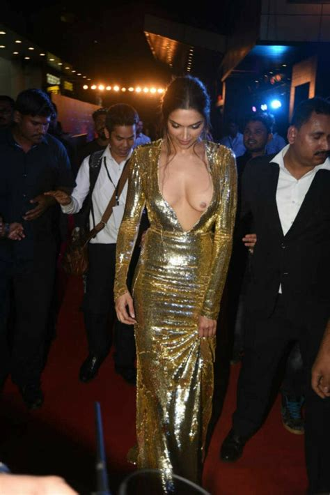 bollywood actresses oops photo deepika oops moment deepika padukone in 2018 pinterest