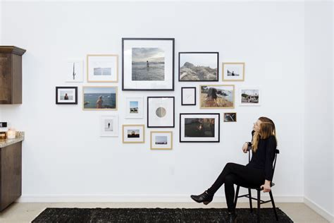 gallery wall how to how to give a modern look to your gallery wall