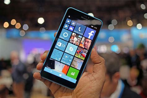 microsoft launches the lumia 640 and 640 xl in india microsoft lumia 640 xl dual sim launched in india for rs