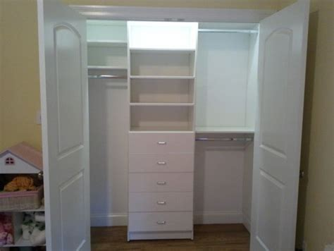 Small Closet Drawers by Best 25 Small Closets Ideas On Small Closet