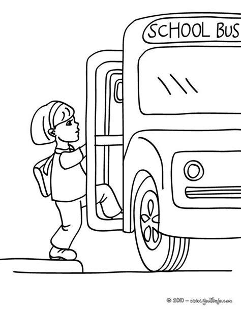 Dibujo para colorear : una alumna subiendo en el autobus