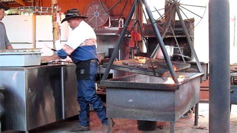 swinging steak mexican hat utah swinging steak utah mexican hat lodge gerrie and kees