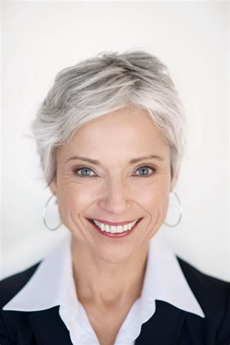 hair cuts for grey hair and round face short haircuts for gray hair