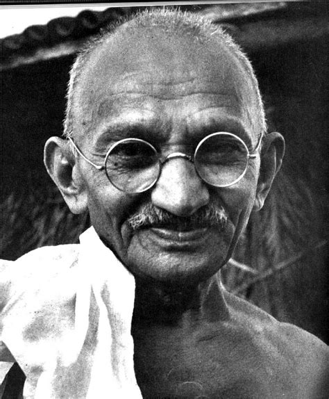 biography of karamchand gandhi mahatma gandhi the leader biography facts and quotes