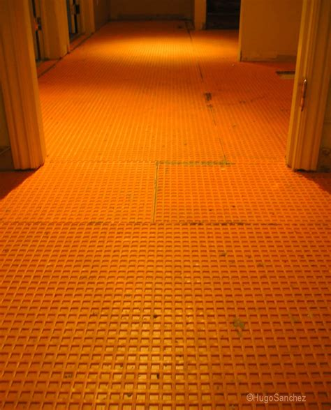Substrate Flooring by Tile C 233 Ramiques Hugo Inc