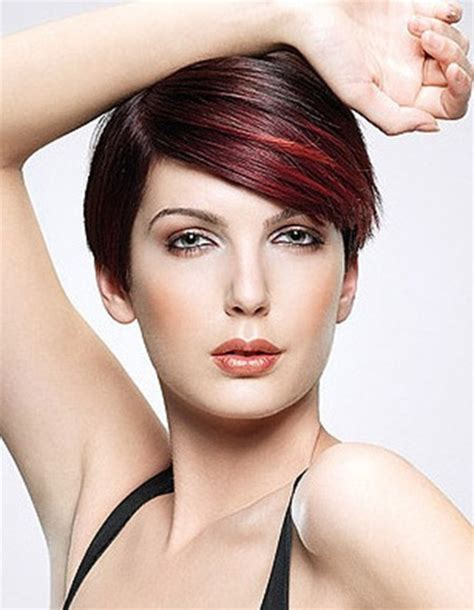 color highlights for pixie sport cut best hair colors for short hair short hairstyles 2017