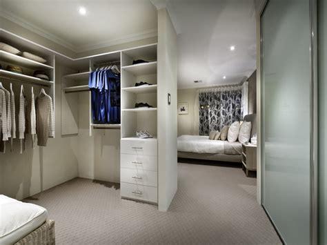 camere con cabina armadio come arredare la da letto con stile casa it