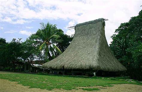 uniknya rumah adat indonesia desain rumah sederhana interior minimalis rumah minimalis material aksesoris