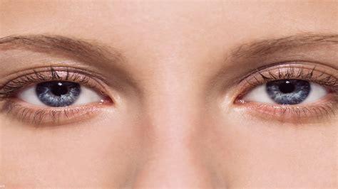 ojos bizcos imagenes como aclarar los ojos con remedios naturales beliefnet