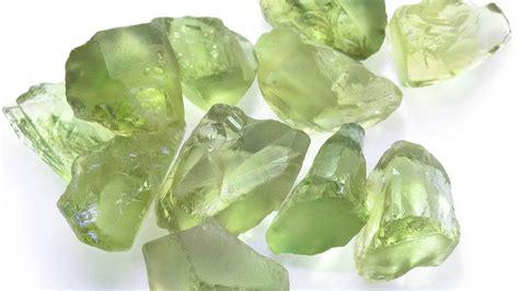 green gemstones guide jewellery gemstone guide h samuel
