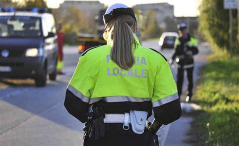 bando di mobilità bando mobilit 224 volontaria per 1 vigile ad amalfi citt 224