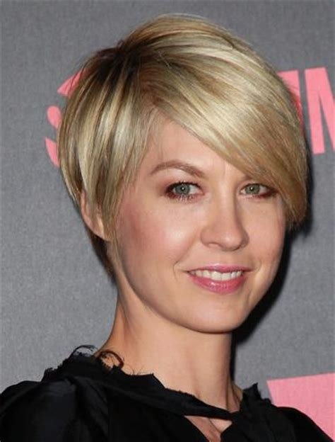 ppictures of razor cut bob hairstyles best cut for a sagging jaw line to download best cut for a