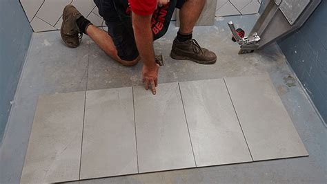 how to lay floor tile in a bathroom how to lay floor tiles bunnings warehouse