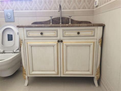 mobili complementi d arredo complementi d arredo in legno in stile classico modenese